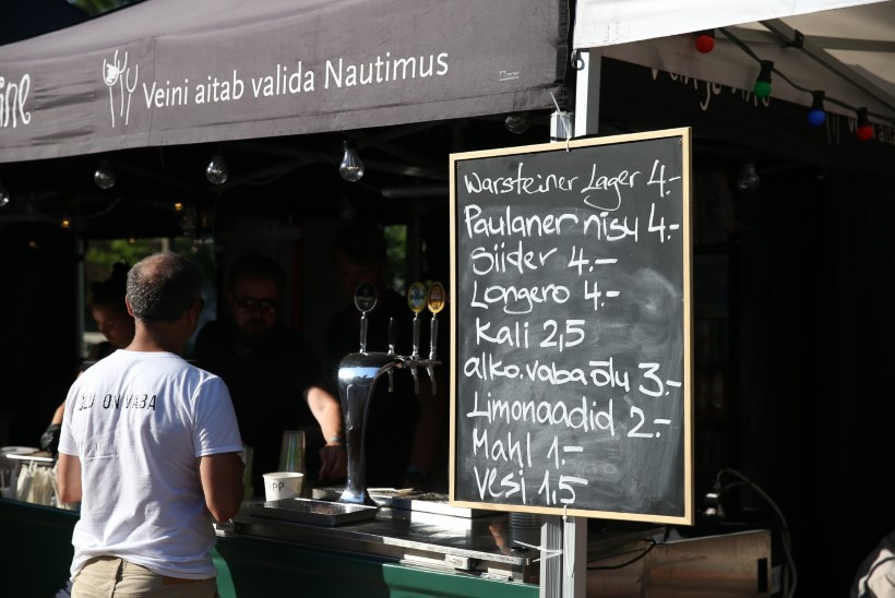 GALERII | Viljandi folgil söögi ja joogi nautimiseks tuleb arvestada paarikümne euroga