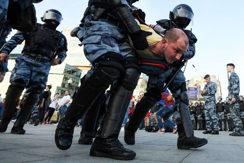 Urmas Reinsalu: meeleavaldajate arreteerimine õõnestab Venemaa põhiseadust
