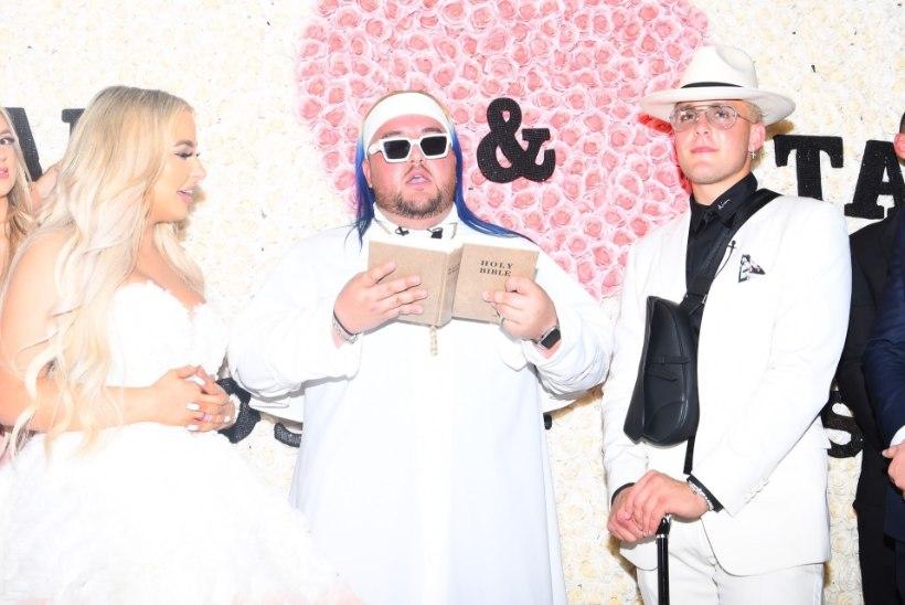 YouTube'i staarid abiellusid kolmekuulise tutvuse järel