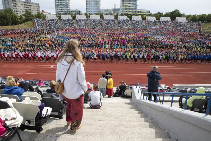 GALERII | Tantsupeo pealavastaja: kõige keerulisem on 10 000 tantsijat korraga väljakule saada