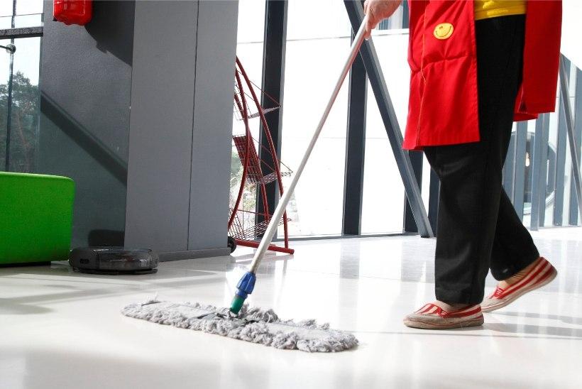 Lugeja kiidab: vahva on vaadata noori, kes ei põlga ära ka suvetööd koristajana