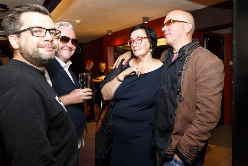 FOTOD | Kirjamees Jüri Pino saadeti viimsele teele