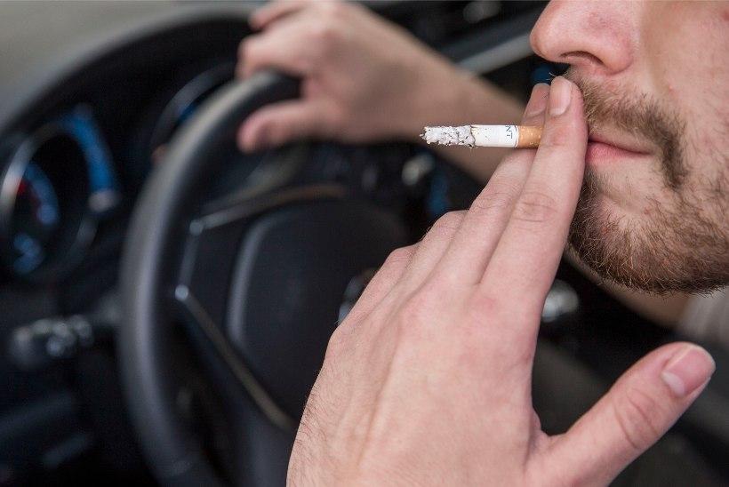 Lugeja küsib: kas eluisu on otsas, et tanklasse suitsetama ronid?!