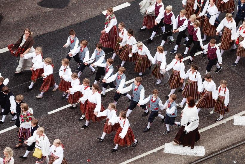 PANE TÄHELE! Laulu- ja tantsupidu pöörab Tallinnas liikluse pea peale