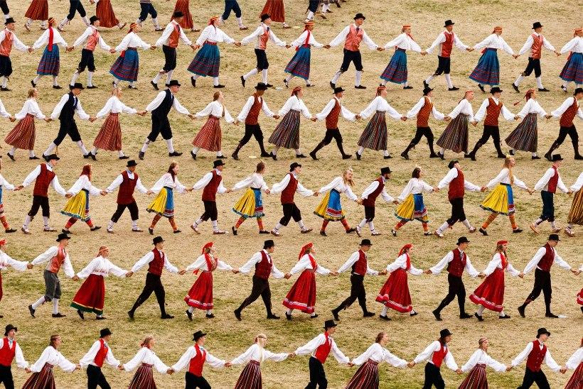 GALERII | Tantsupidu sai võimsa avalöögi