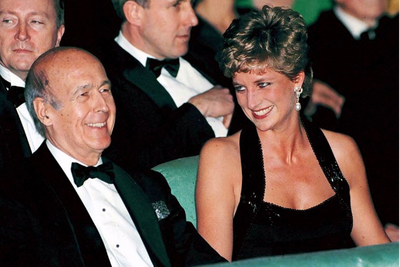 Prints Charles polnud ainus: loe, kellega printsess Diana veel kurameeris!