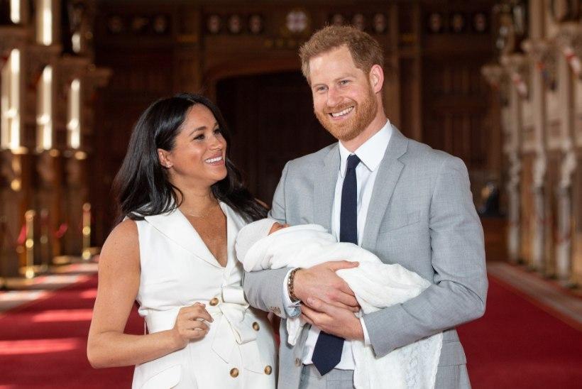 Kuninglik beebi Archie ristitakse täna, kuninganna kohale ei tule