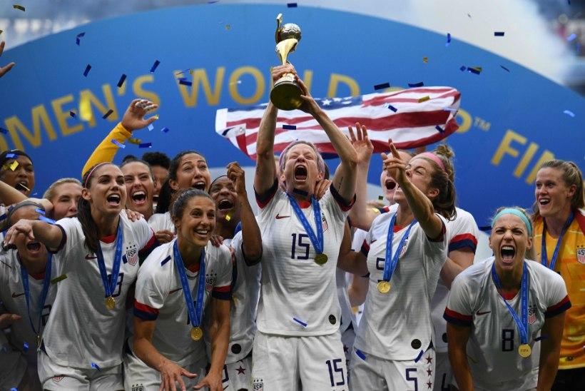 """""""Naiste jalgpall on rohkem suunatud mängule endale, meeste jalgpallis on palju rohkem egode võitlust."""""""