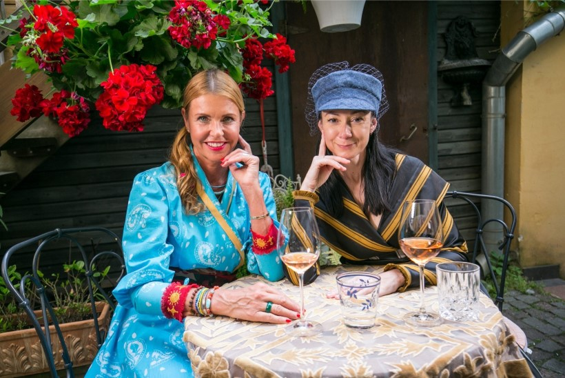 HOMMIKUSÖÖK STAARIGA | Lihtne eesti naine Anoli on võitnud maailmastaaride jäägitu usalduse