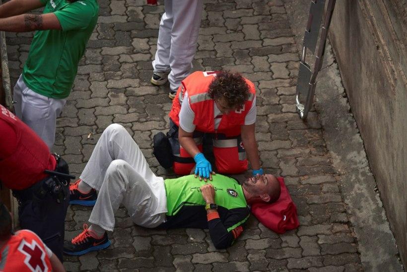 PAMPLONA HÄRJAJOOKSUD: seikluseotsijad naudivad verist pidu