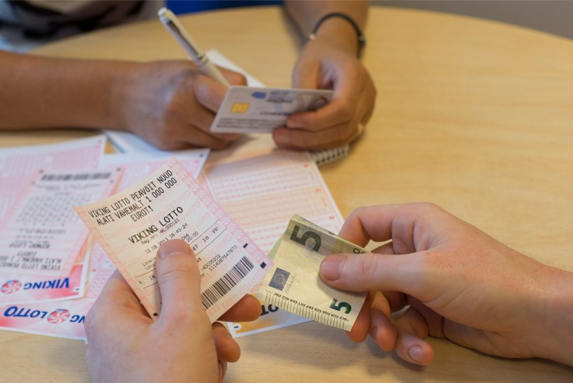 PÕNEV! Vaata, kui suure summa eest eestlased lotot mängivad ja palju sellest võitudeks läheb