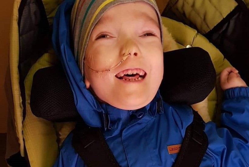 ULATA ABIKÄSI! Väike poiss vajab elutähtsat köhimisaparaati