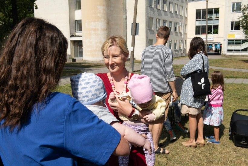 GALERII | Ida-Tallinna Keskhaiglas pidasid piknikku rinnaga toitvad pered