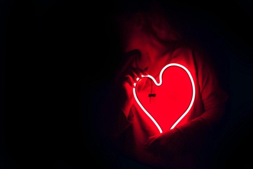 PANE TÄHELE OHUMÄRKE: naiste infarkt võib olla ebatüüpiline ja salalik