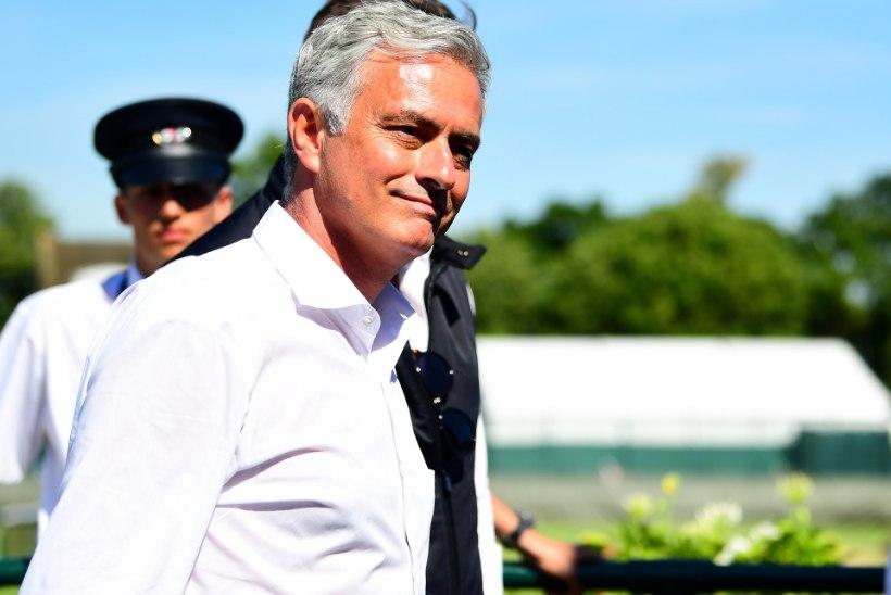 Jose Mourinho usub, et enne võidavad tiitli Man City varumehed kui Man United