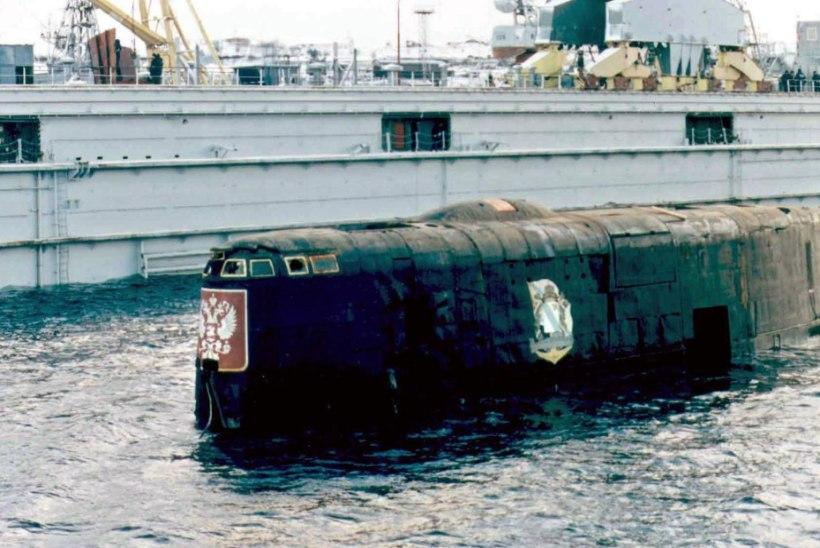 MINEVIKUHETK | 12. august: Barentsi meres uppus Vene allveelaev Kursk