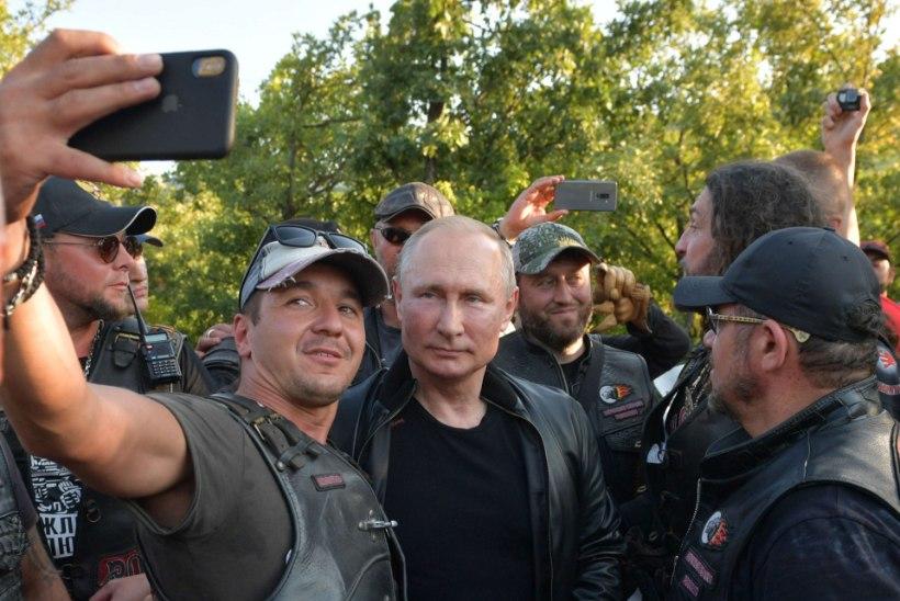 Putin kihutas Krimmis ringi koos kurikuulsa motojõuguga