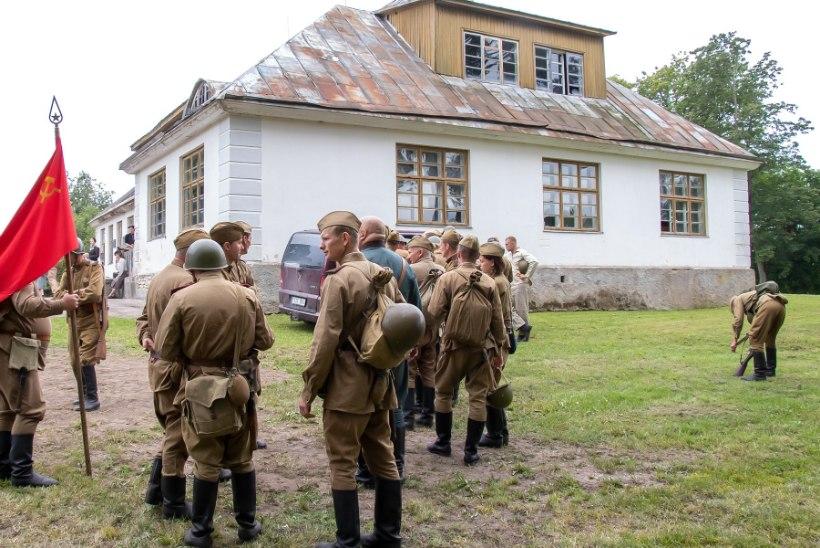 GALERII | Saaremaal taaslavastati 1944. aasta sõjasündmused