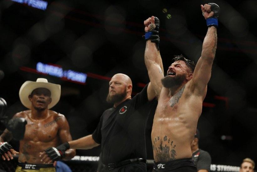 Nõrganärvilistele mitte soovitatav! UFC võitleja nina deformeerus matši käigus