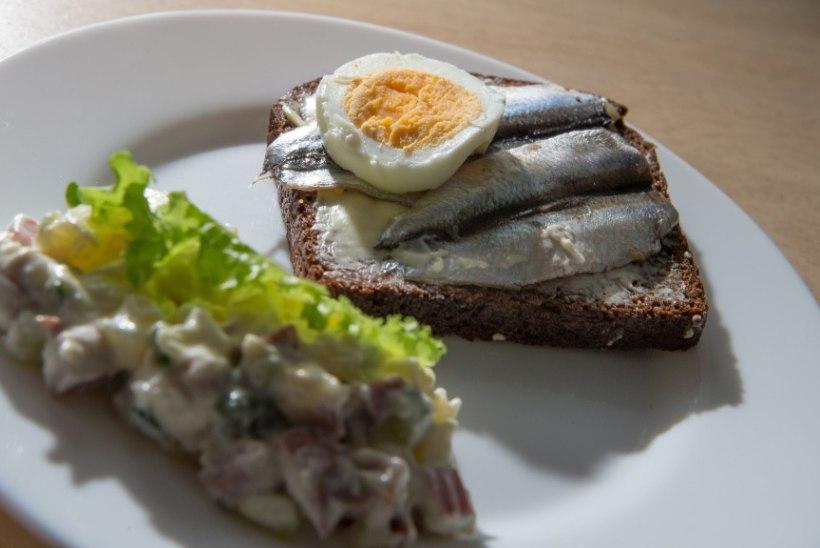 TEADLASED ANNAVAD VASTULÖÖGI: eestlaste toidulaud ei olegi nii mürgine, kui riigikontroll väitis