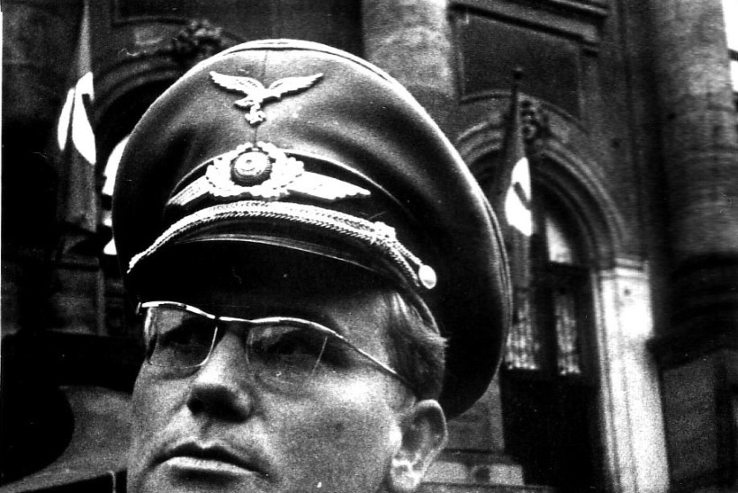 Näitleja Tõnu Aav – esimeseks armastajaks ei passinud, Saksa ohvitsere mängima aga küll