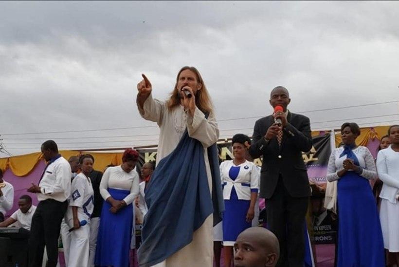SUUR VASTUOLU: Keeniat külastanud USA pastor esines Jeesusena
