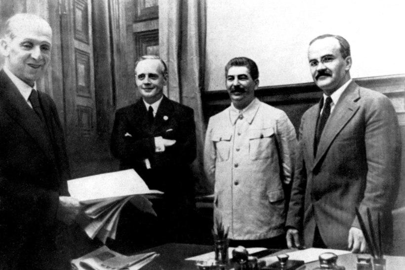 Vene välisluure direktor: Nõukogude Liit oli sunnitud Saksamaaga mittekalleletungilepingu sõlmima