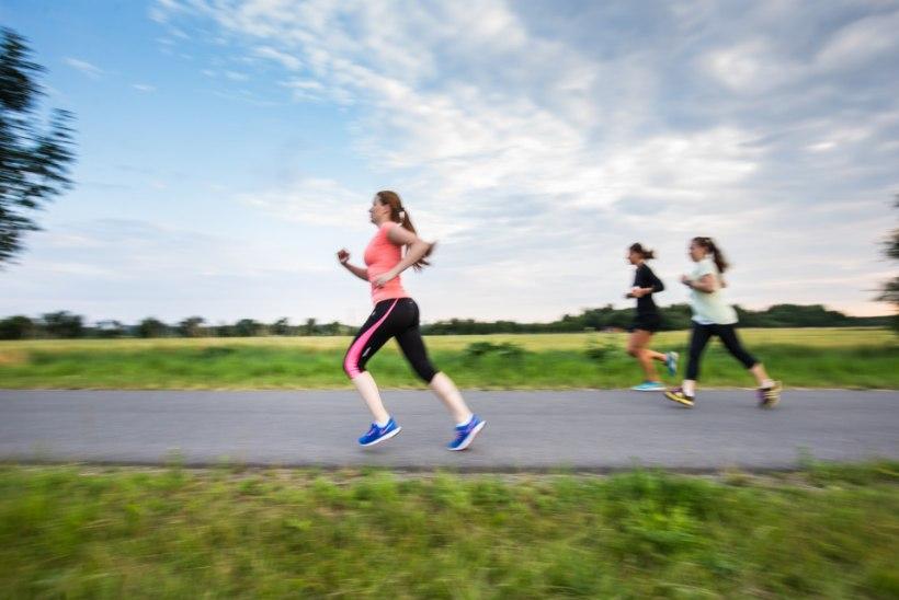 UNUSTA ÕHTUSED TRENNID: tõelist kasu enda liigutamisest saad päeval