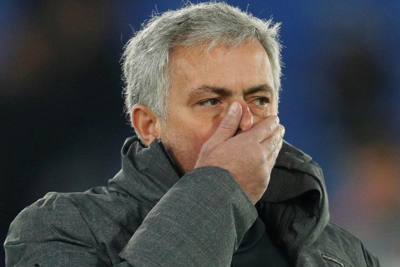 VIDEO | Jalgpalli igatsev Mourinho puhkest intervjuu ajal nutma