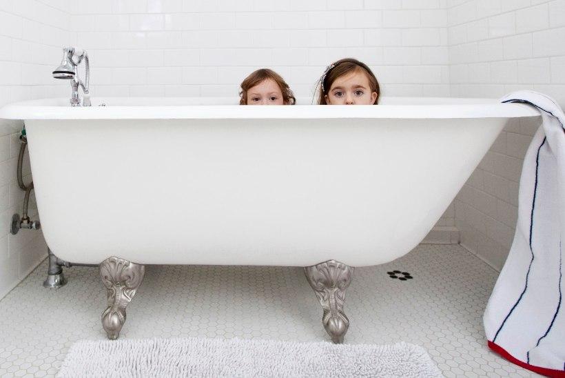 Kuidas teha vannituba lapsele turvaliseks?