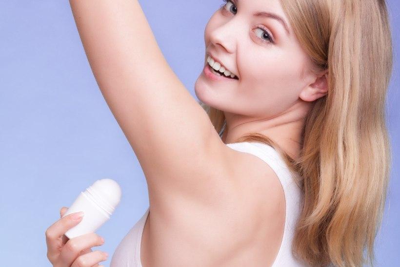 NAISTELEHT TESTIB | Kas looduslik kristalldeodorant teeb kaenla all imet?