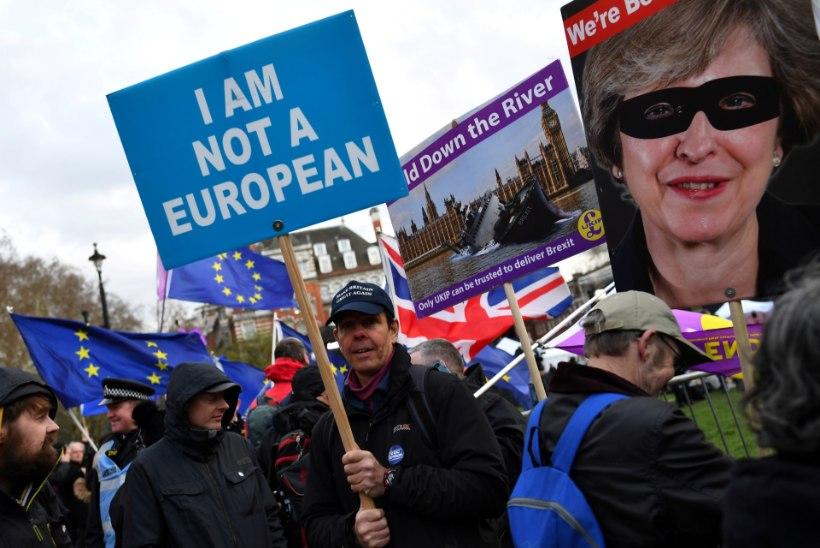 SUURBRITANNIA VALITSUS: leppeta Brexiti korral ei saa euroliidu elanikud enam siin vabalt elada ja töötada