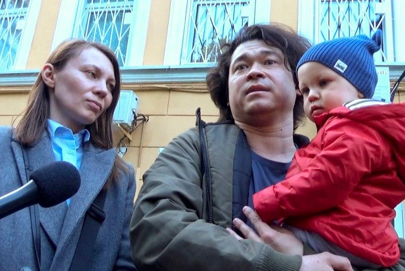 Meeleavaldusel osalenud Vene abielupaar võib lastest ilma jääda