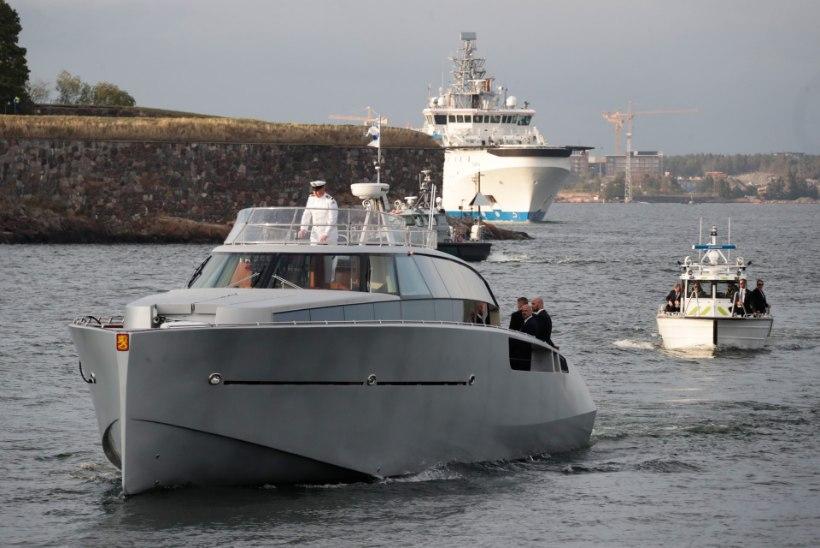 KROONILINE HILINEJA: Putin saabus Helsingisse kaks tundi lubatust hiljem