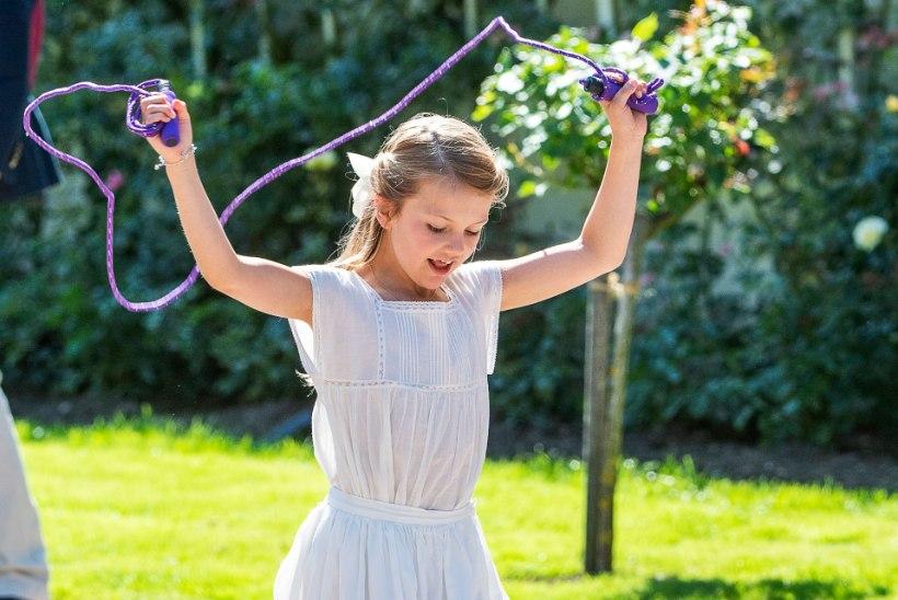 Rootsi printsess Estelle alustas kooliteed