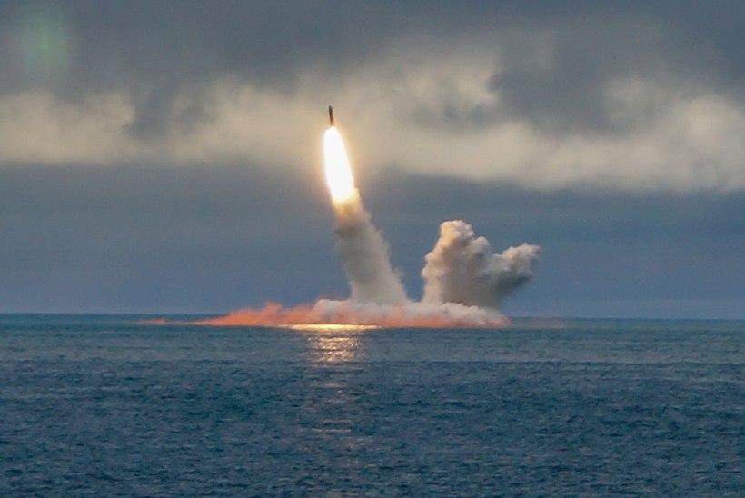 TUUMAÕNNETUSE JÄLGEDES: Venemaa kõmmutas Põhja-Jäämeres rakettidega