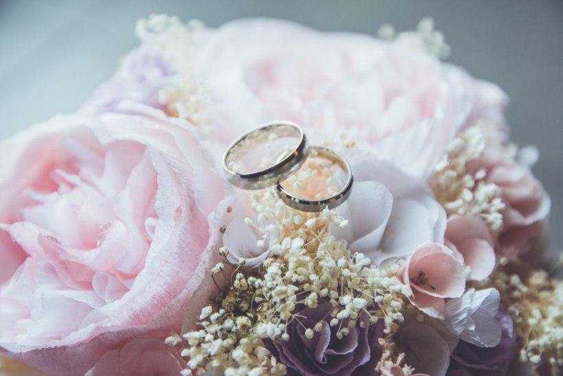 Pulmad tulekul? Tee kindlaks, kas vajad tähtsa päeva organiseerimisel pulmakorraldaja abi!