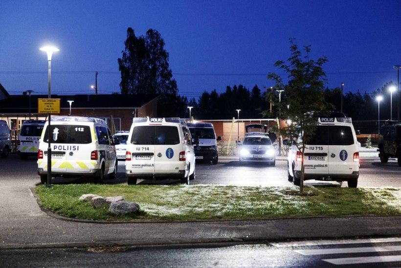 FOTOD   SOOME ÄREVIL: Eestinmäki tulistamises kahlustatavad pole kinni peetud