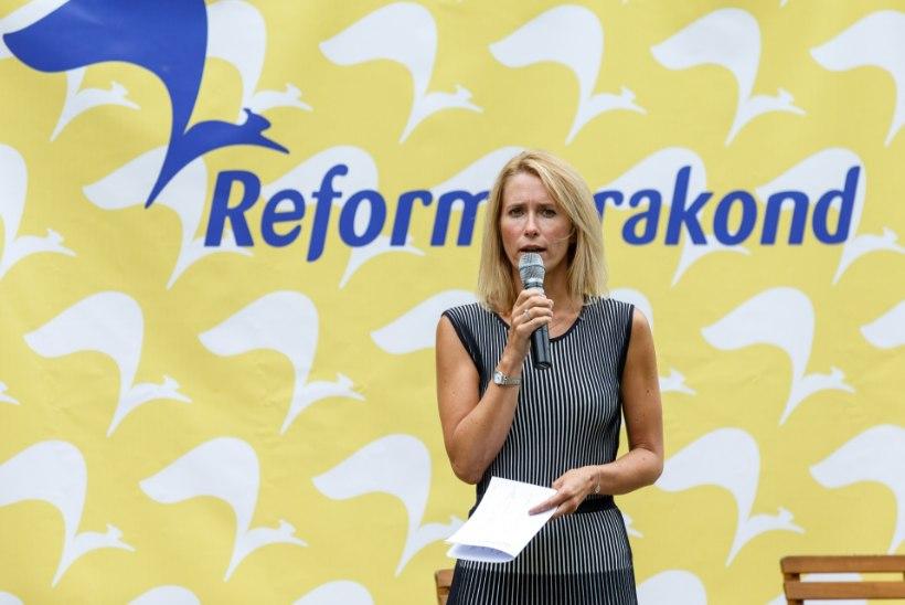Augustis oli populaarseim partei Reformierakond, ent tõusis ka Keskerakonna toetus