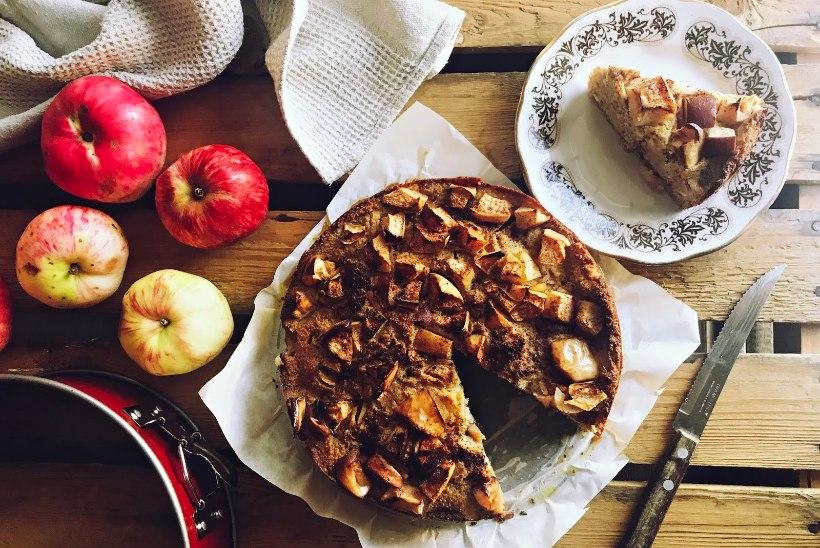Hooaja lemmik magusroog: kodune õunakookricottaja mandlitega