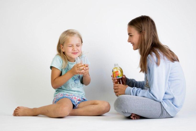 NAISTELEHT TESTIB | Kas õunamaitselistel jookidel ka päriselt õuna maitset on?