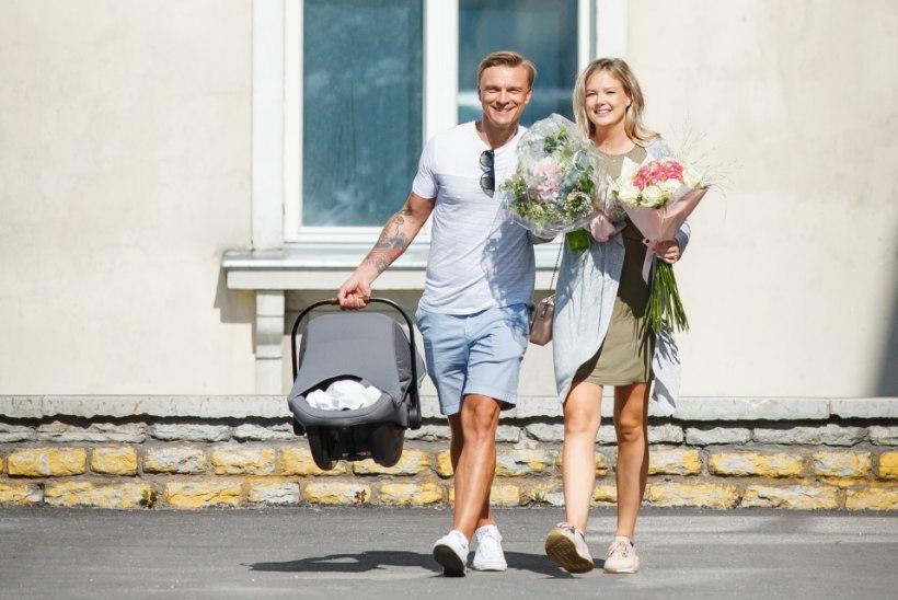 FOTOD   Värsked vanemad Tanel Padar ja Lauren Villmann said beebiga haiglast koju