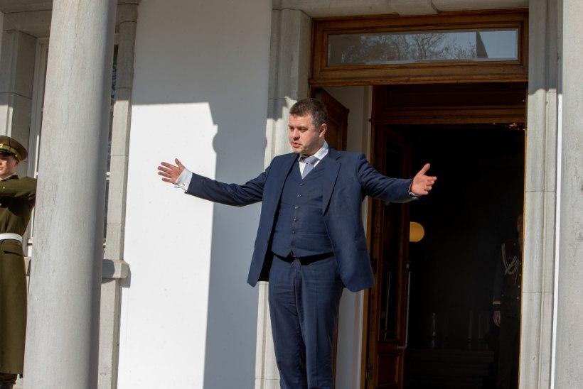 Õitsele puhkenud Urmas Reinsalu sihib presidenditooli?