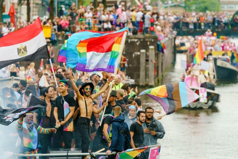 Austraalia bobikelgutaja sattus homoskandaali