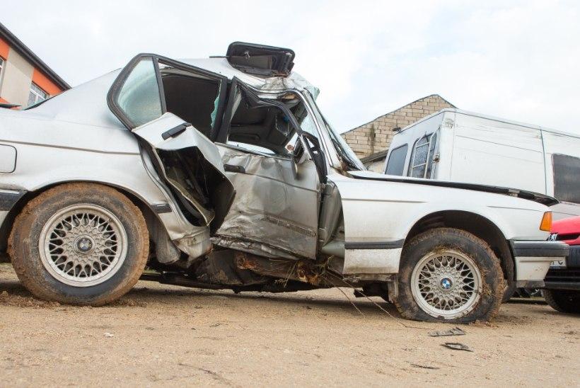 ARMUTU AUTOMAAILM: sajandiga on Eesti liikluses hukkunud üle 10 000 inimese!