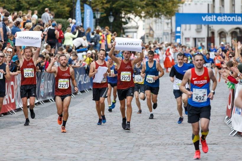 TEE HEAD! Iga Tallinna maratonil osaleja saab aidata liikumispuudega lapsi