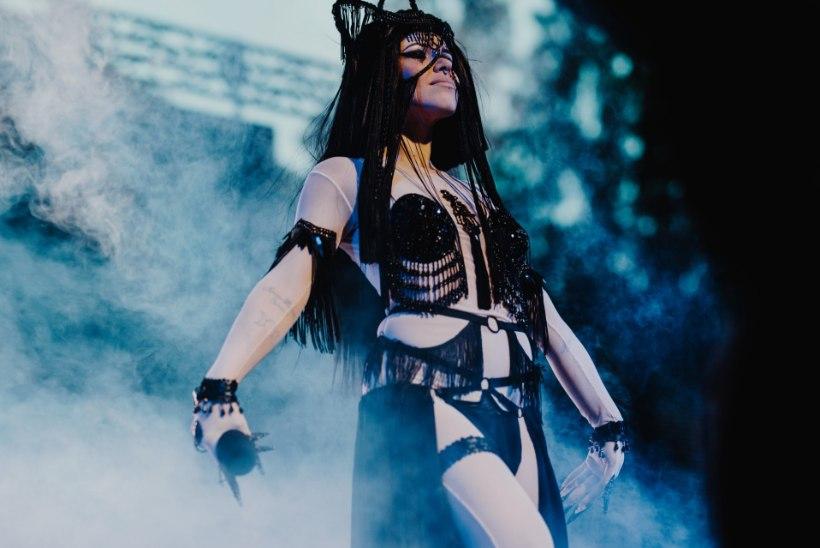 GALERII | Kerli andis Intsikurmu festivalil vinge lavasõu
