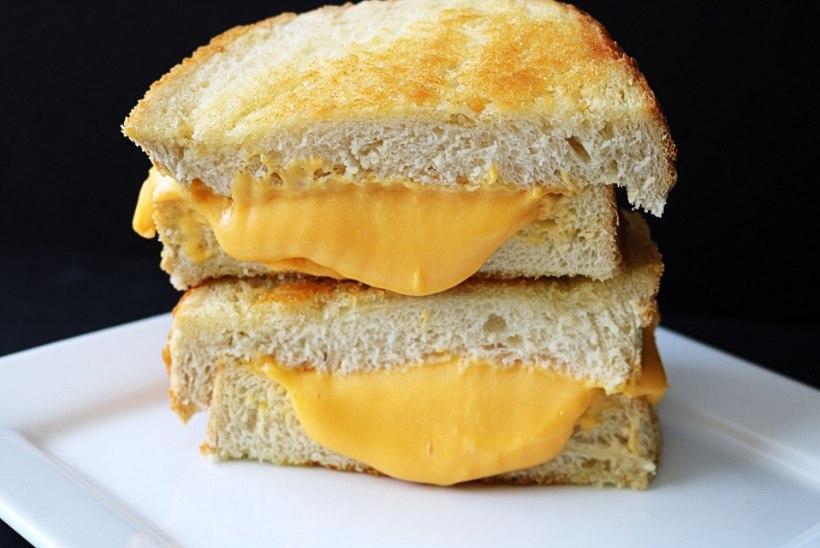 LEPITUSKATSE: inimröövlid pakkusid ohvrile vabanduseks grillitud juustuvõileiba
