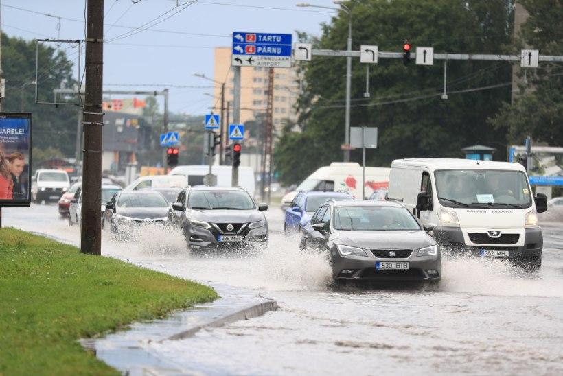 VIDEOD JA FOTOD   Tugev paduvihm tekitas Tallinnas üleujutusi