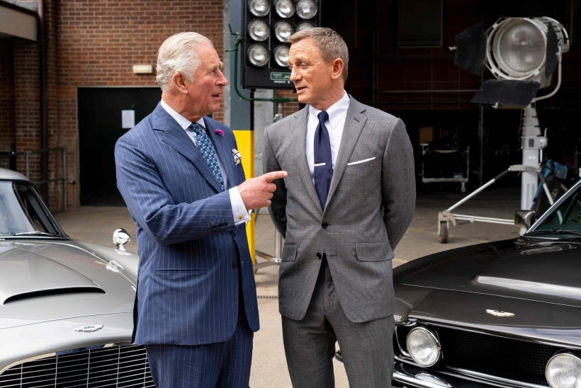 Leht: prints Charles kaalub osalemist uues Bondi-filmis